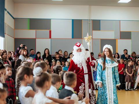 """Дед Мороз района """"Кошелев-Проект"""": """"Самое важное вмоей работе- это улыбки детей"""""""