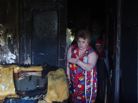 """Соседка погибших на пожаре пенсионерки и ребенка: """"При живых родителях дети были словно беспризорники"""""""