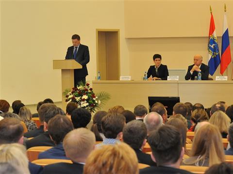 Олег Фурсов предоставил отчет о работе администрации города в 2015 году