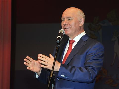 Николай Меркушкин поздравил медработников с праздником