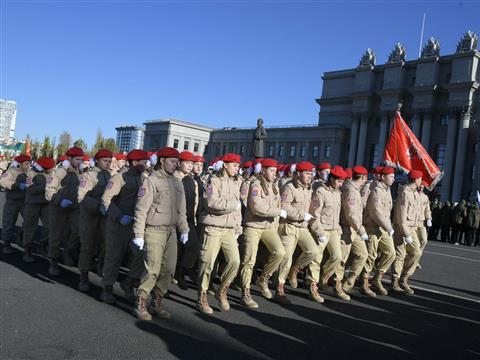 Репетиция Парада памяти, посвященного военному параду 7 ноября 1941 года