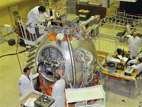 "На ""ЦСКБ-Прогресс"" готовят к полету космический аппарат ""Бион-М"""