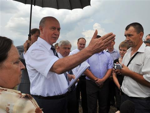 Губернатор принял участие в закладке первого камня строительства птицефабрики в Сергиевском районе