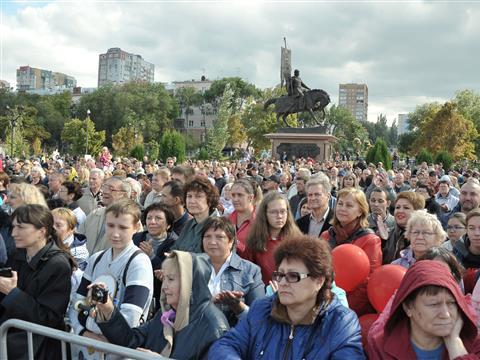 В День города авиашоу на набережной посмотрели более 50 тысяч самарцев