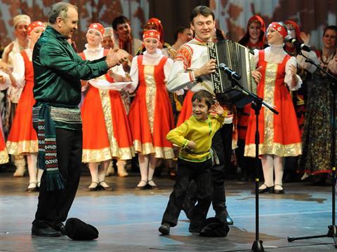 Гала-концерт Губернского фестиваля самодеятельного народного творчества «Рожденные в сердце России»