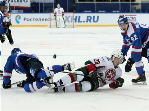 """Лада"" проиграла ""Ак Барсу"" - 1:4"