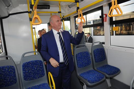 Николай Меркушкин передал мэрии Тольятти новые троллейбусы