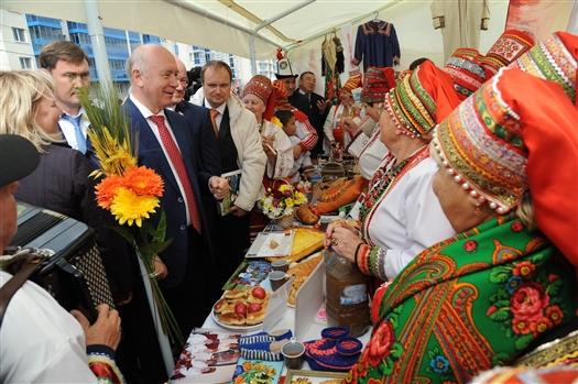 """Николай Меркушкин: """"Только всеобщее единение, межнациональное согласие и взаимопонимание могут стать основой сильного государства"""""""