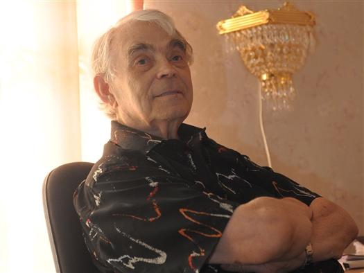 В среду, 6 февраля, самарский режиссер Петр Монастырский был доставлен  в реанимацию