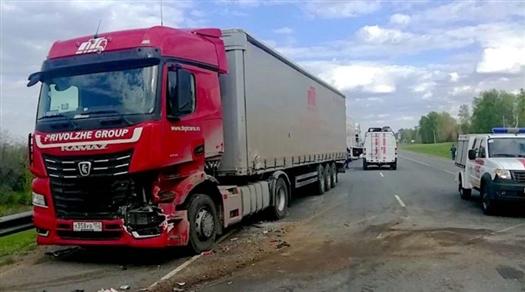 На М-5 столкнулись несколько грузовиков