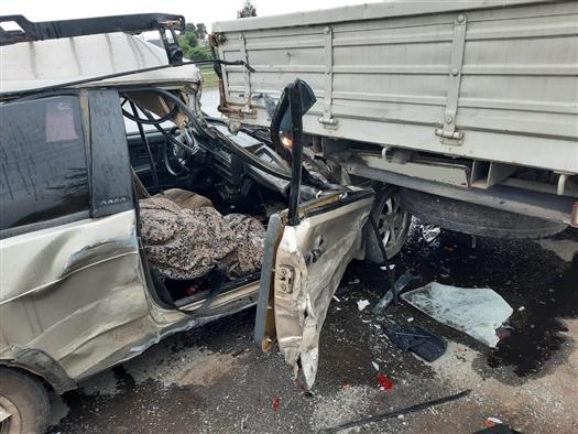 Под Самарой столкнулись три автомобиля