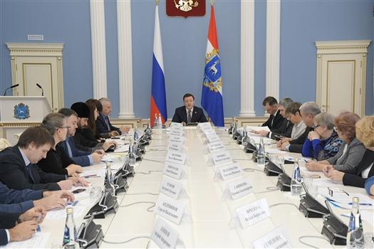 Дмитрий Азаров встретился с представителями НКО, победившими в конкурсе президентских грантов