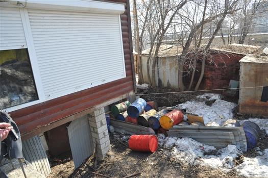 Под автомойкой в Самаре обнаружили 60 тонн масла