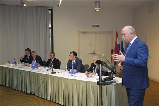 Губернатор поддержал инициативу создания отраслевого учебного центра на базе Самарского авиационного техникума