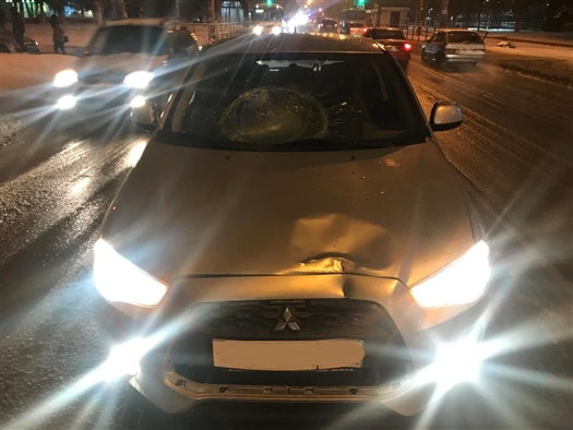 Пешеход, пренебрегший ПДД, попал под машину в Самаре