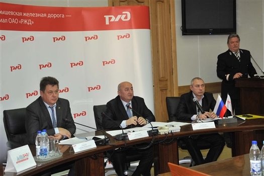 Куйбышевская железная дорога призывает руководителей регионов принять все возможные меры по сохранению пригородных железнодорожных перевозок