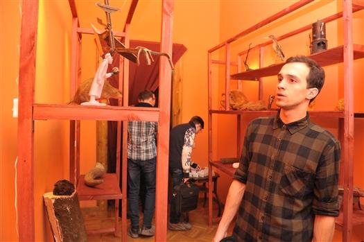В Музее модерна открылась выставка диковинных вещей