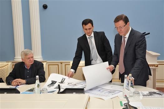 Дмитрий Азаров инициировал общественное обсуждение проекта благоустройства склона на площади Славы