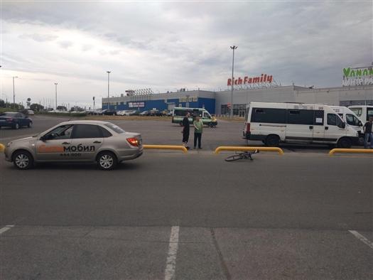 Велосипедист попал под колеса легковушки в Тольятти