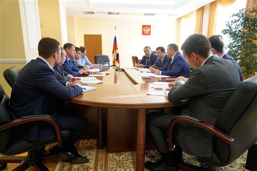 Дмитрий Азаров обсудил включение Самарской области в федеральные национальные проекты