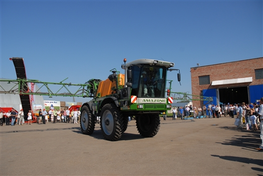 В Усть-Кинельском открылась XII Поволжская агропромышленная выставка-2010