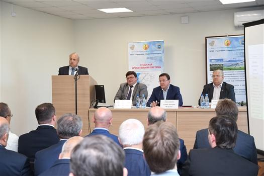 """Дмитрий Азаров: """"Областные власти поддержат развитие оросительных систем в регионе"""""""