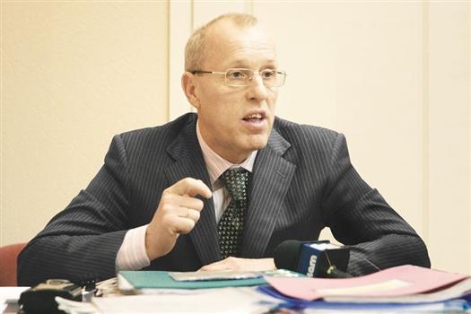 Владимир Василенко считает,  что Самаре необходимо уходить  от точечного ремонта дорог