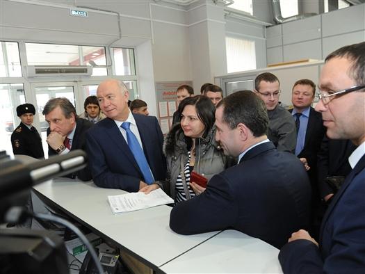 Николай Меркушкин и Михаил Бабич оценили работу МФЦ в Самаре