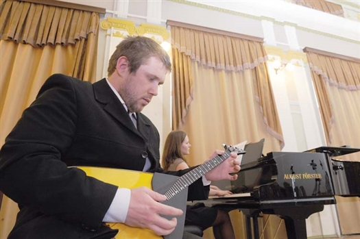 Открывающий фестиваль концерт был подготовлен силами студентов консерватории СГАКИ