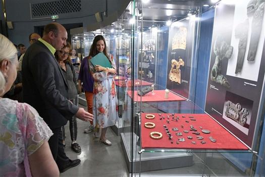 В Самарский историко-краеведческий музей привезли сокровища сарматов