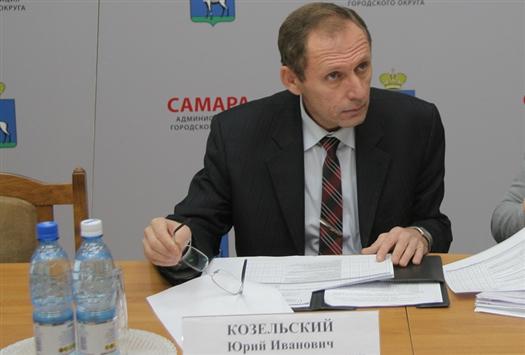Юрий Козельский напомнил представителям УК о необходимости вкладывать деньги в развитие материально-технической базы