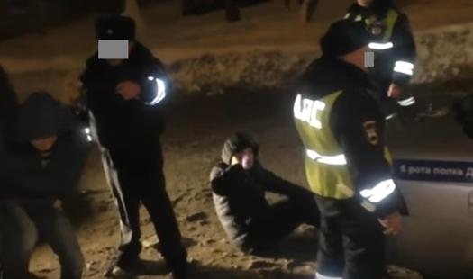В Самаре по подозрению в избиении полицейского задержан известный пользователь соцсетей Андрей Арзаматов
