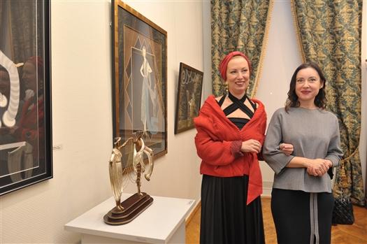 В Самарском художественном музее выставлены скульптуры и графические работы Эрте
