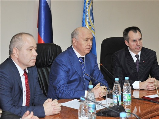 Николай Меркушкин на заседании ученого совета Самарского государственного университета