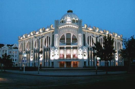 Сегодня в 18.00 в концертном зале Самарской государственной академии культуры и искусств состоится концерт-презентация музыкально-филармонического центра «Консерватория».
