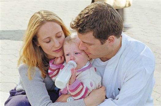 Закон, разработанный по инициативе губернских депутатов, сделает процедуру усыновления проще