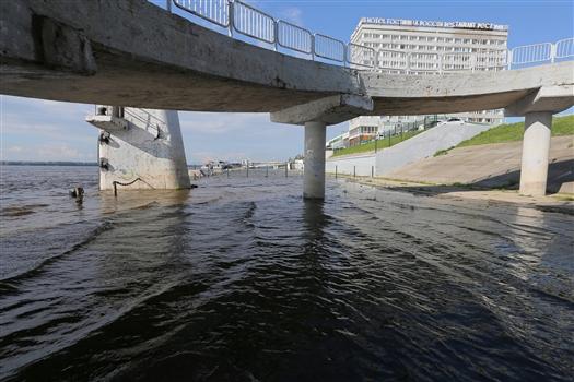 Сбросы воды с Жигулевской ГЭС продолжаются, возможны подтопления