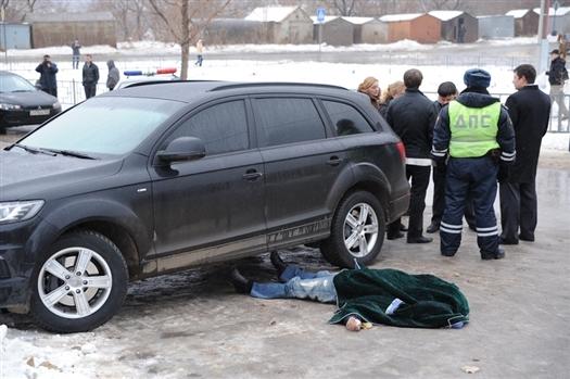 На месте убийства работает оперативная группа Новокуйбышевского городского следственного отдела
