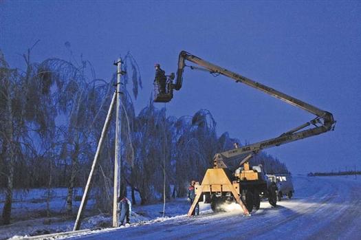 Работы по восстановлению электроснабжения Кошкинского района завершены