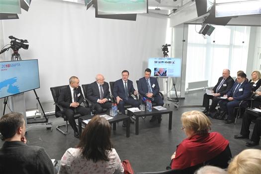 Председатель СПЧ при президенте РФ и глава региона приняли участие в конференции по организации общественного наблюдения за выборами