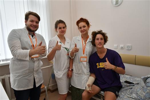 В больнице Пирогова рассказали, с чем гости ЧМ обращаются в больницу