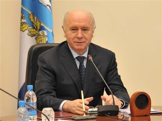 Губернатора Самарской области принимает поздравления с днем рождения