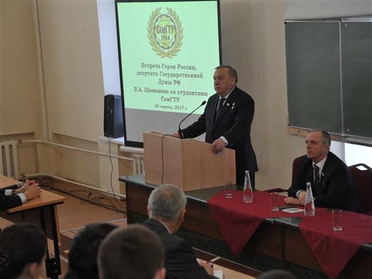 """Владимир Шаманов: """"Нужно не забывать традиции, которые веками складывались в нашем Отечестве"""""""