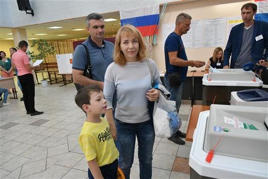 На 12:00 явка на выборах губернатора составила 18,7%