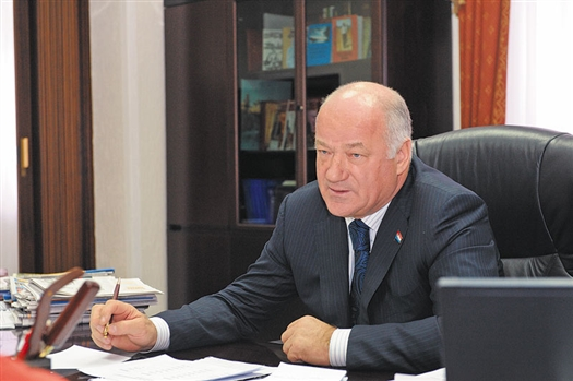 Председатель Самарской губернской думы Виктор Сазонов рассказал в интервью «ВК», каким он видит свое дальнейшее политическое будущее.