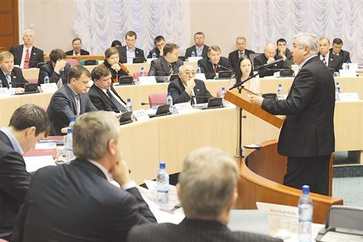 Доходы в бюджете на 2011 год составят 76,243, расходы -81,724 млрд, дефицит - 5,481 млрд руб