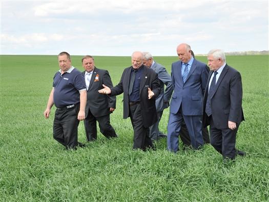 """Николай Меркушкин: """"Сельское хозяйство без поддержки выстоять не сможет"""""""