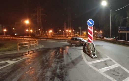 Нетрезвый водитель отправил в больницу свою пассажирку в Самарской области
