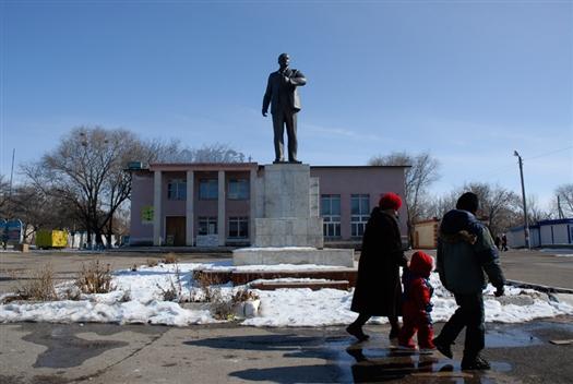 Вышедших на пенсию муниципальные служащие Приволжского района требуют выплатить доплаты к пенсии за 10 месяцев 2010 года