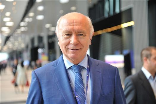 """Николай Меркушкин: """"Первый день работы на ПМЭФ для Самарской области прошел очень продуктивно"""""""